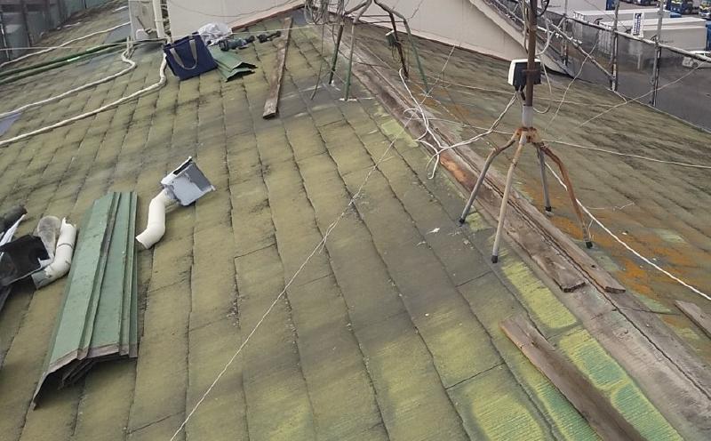 屋根(カバー工法)工事前の屋根(瓦)の状態